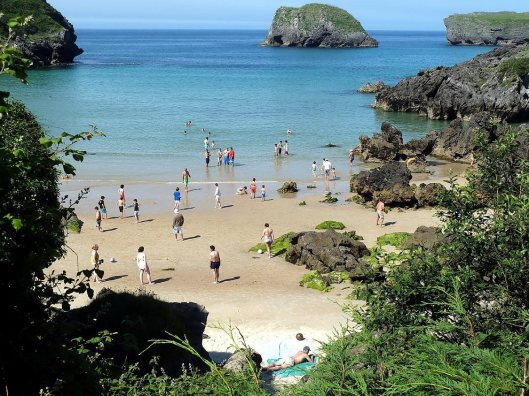 Barro Beach, Llanes.