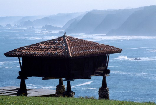 Grain store - Cadavedo, Asturias, Spain - Atlantic Coast