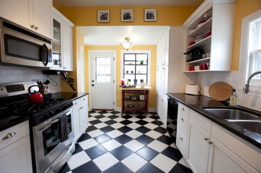 small Kitchen-Design-Ideas-with-Black-and-White-Tiles-Floors